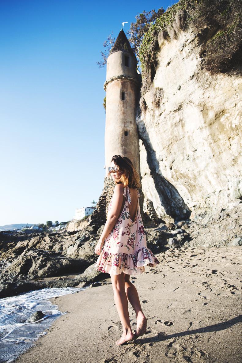 Laguna_Beach-Orange_County-Open_Back_Dress-Floral_Print-Faithfulthebrand-Beach-13