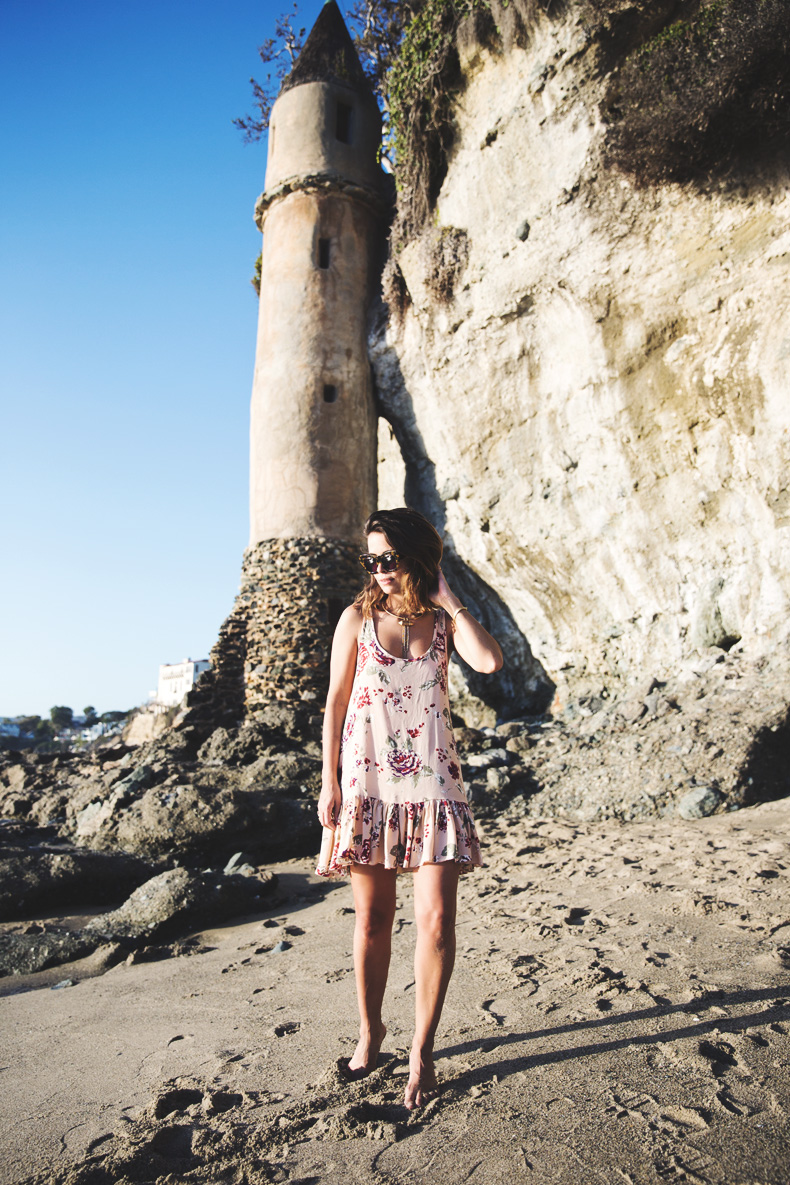 Laguna_Beach-Orange_County-Open_Back_Dress-Floral_Print-Faithfulthebrand-Beach-20