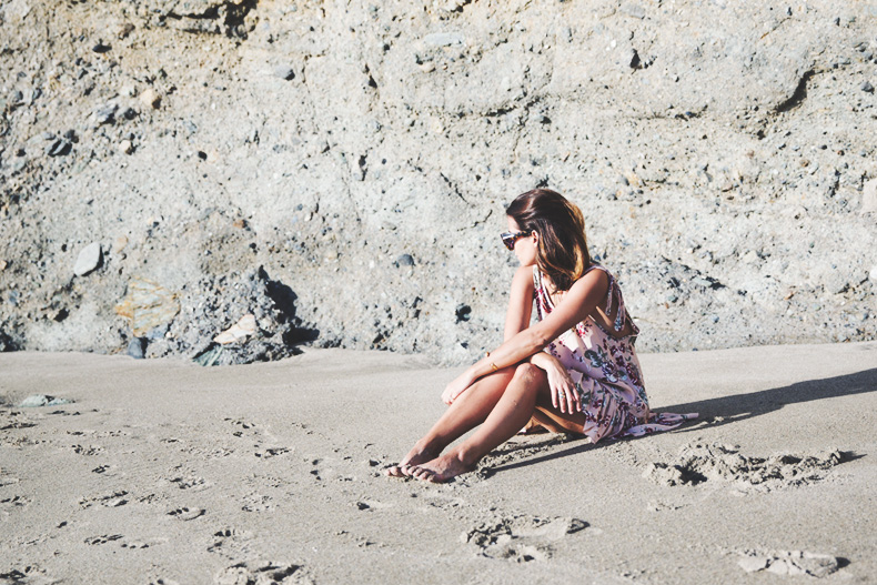 Laguna_Beach-Orange_County-Open_Back_Dress-Floral_Print-Faithfulthebrand-Beach-53