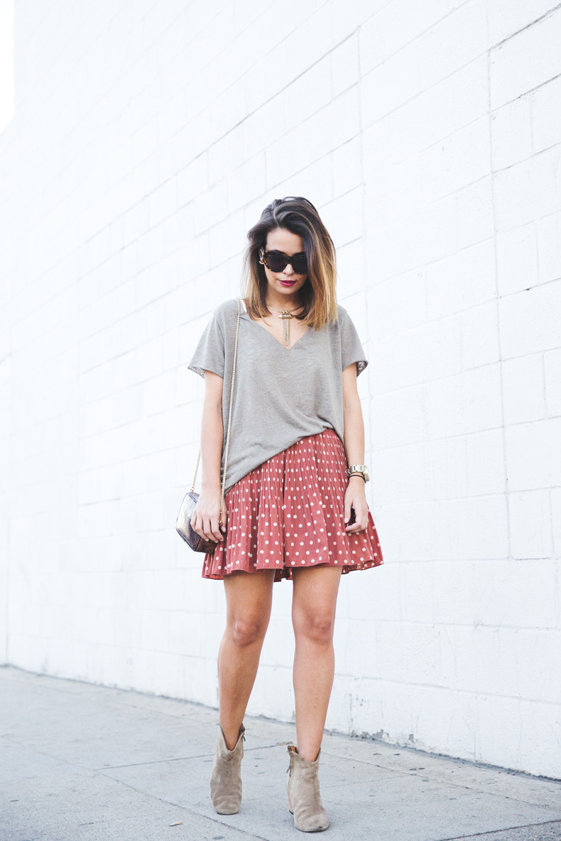Polka_Dots_Skirts-Isabel_Marant-Boots-Outfit-Look_Of_The_Day-17