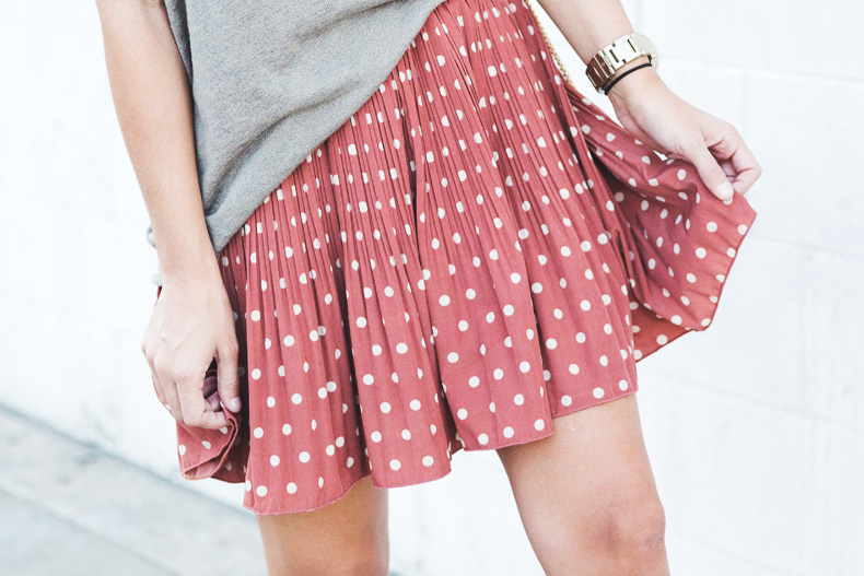 Polka_Dots_Skirts-Isabel_Marant-Boots-Outfit-Look_Of_The_Day-33