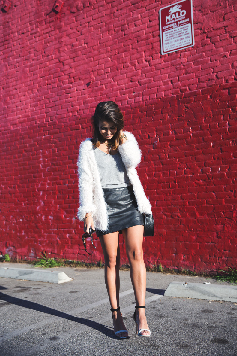 Silver_Lake-Leather_Mini_Skirt-Urban_Outfitters-Fluffy_Jacket-Outfit-Street_Style-Los_Angeles-12