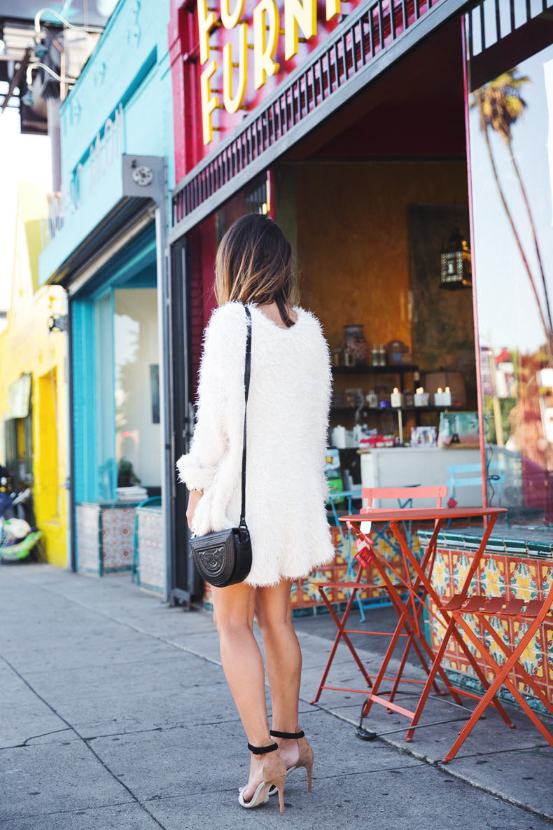 Silver_Lake-Leather_Mini_Skirt-Urban_Outfitters-Fluffy_Jacket-Outfit-Street_Style-Los_Angeles-34