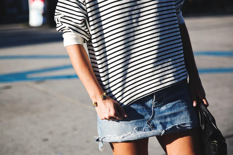 Venice_Beach-Striped_SweatShirt-Denim_Skirt-Revolve_Clothing-Outfit-Street_Style-30