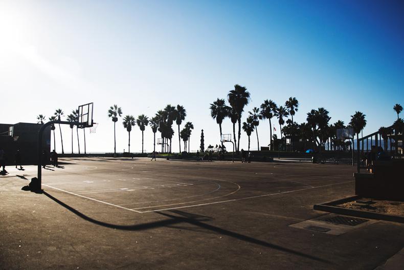 Venice_Beach-Striped_SweatShirt-Denim_Skirt-Revolve_Clothing-Outfit-Street_Style-40