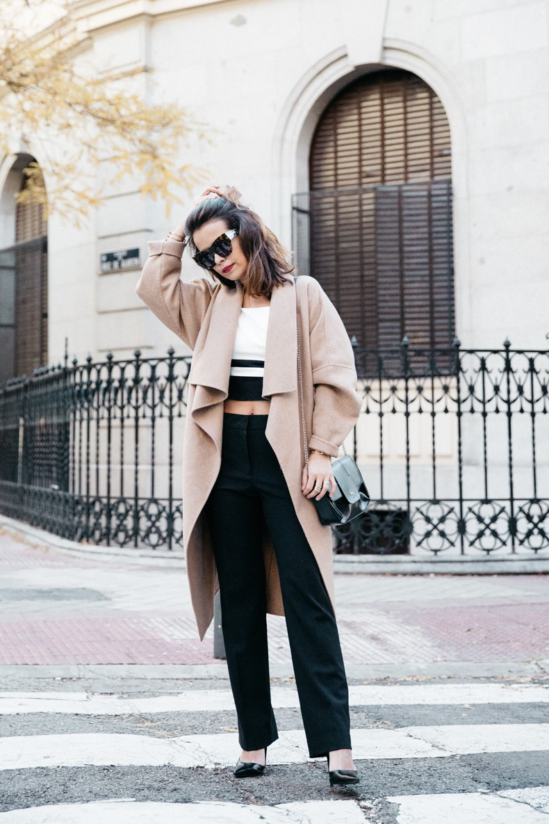 Bardot_Top-Stripes-Purificacion_Garcia_Trousers-Camel_Coat-Outfit-Street_Style-Collage_Vintage-40