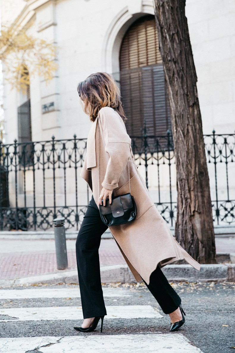 Bardot_Top-Stripes-Purificacion_Garcia_Trousers-Camel_Coat-Outfit-Street_Style-Collage_Vintage-51