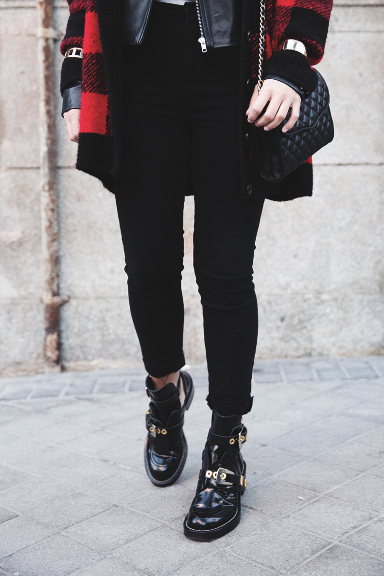 Checked_Cardigan-Black_And_Red-Balenciaga_Boots-Outfit-Rebecca_Minkoff-Quilted_Bag-Street_style-30