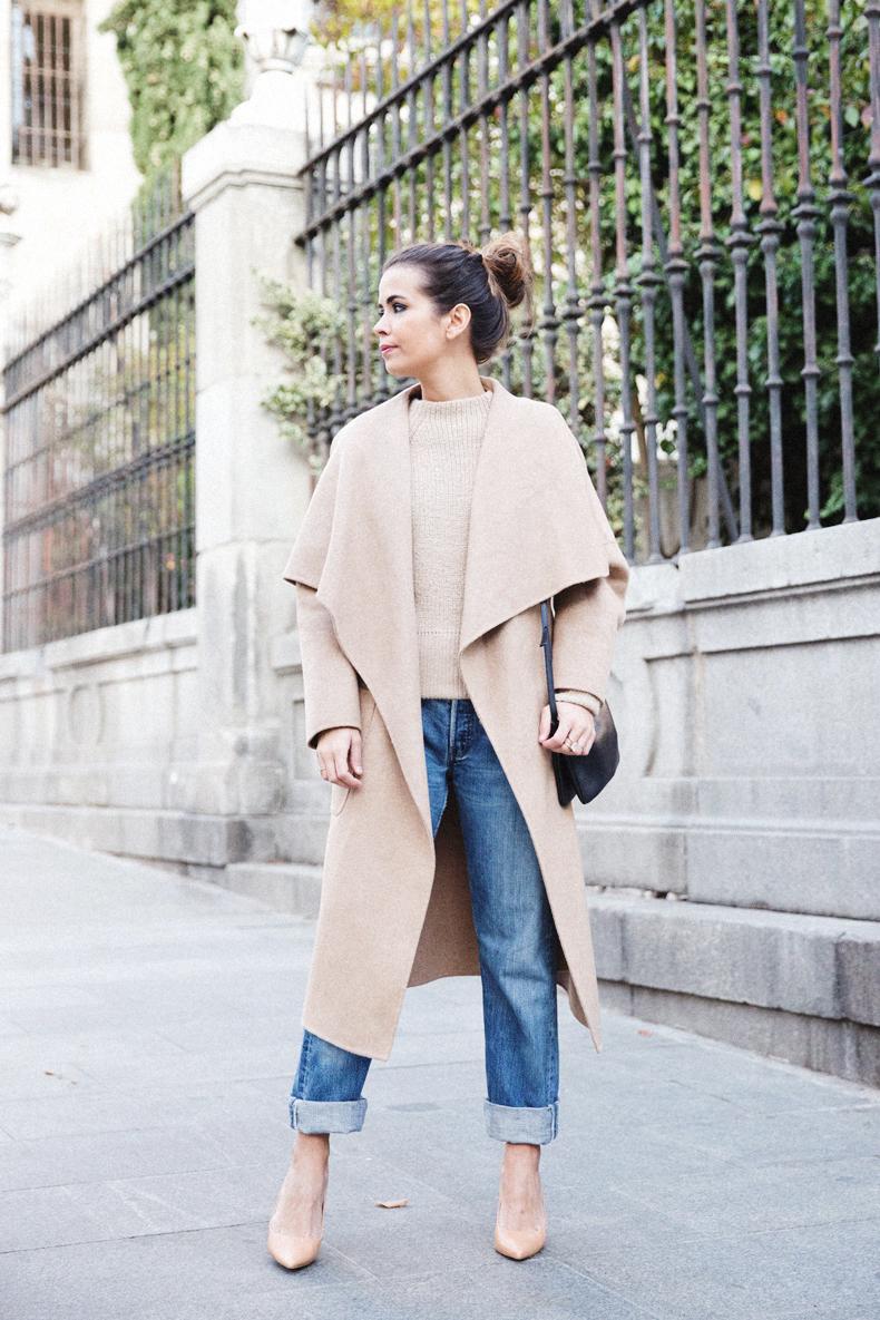 Maxi_Coat-Reformation_Sweater-Vintage_Levis-Outfit-Street_Style-Collage_Vintage-11Karen_Millen-Chrismas_Wishlist-Collage_Vintage-Leather_Skirt-Burgundy_Bag-Silver_Blazer-Outfit-Street_Style-