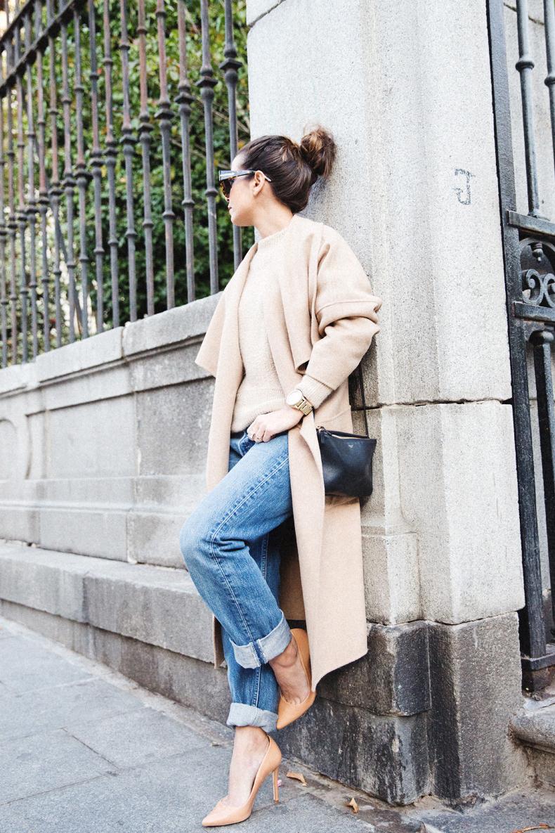 Maxi_Coat-Reformation_Sweater-Vintage_Levis-Outfit-Street_Style-Collage_Vintage-31Karen_Millen-Chrismas_Wishlist-Collage_Vintage-Leather_Skirt-Burgundy_Bag-Silver_Blazer-Outfit-Street_Style-