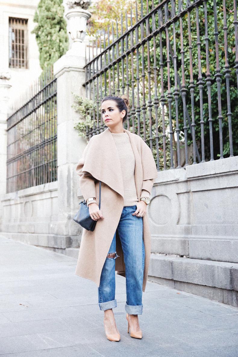 Maxi_Coat-Reformation_Sweater-Vintage_Levis-Outfit-Street_Style-Collage_Vintage-5Karen_Millen-Chrismas_Wishlist-Collage_Vintage-Leather_Skirt-Burgundy_Bag-Silver_Blazer-Outfit-Street_Style-