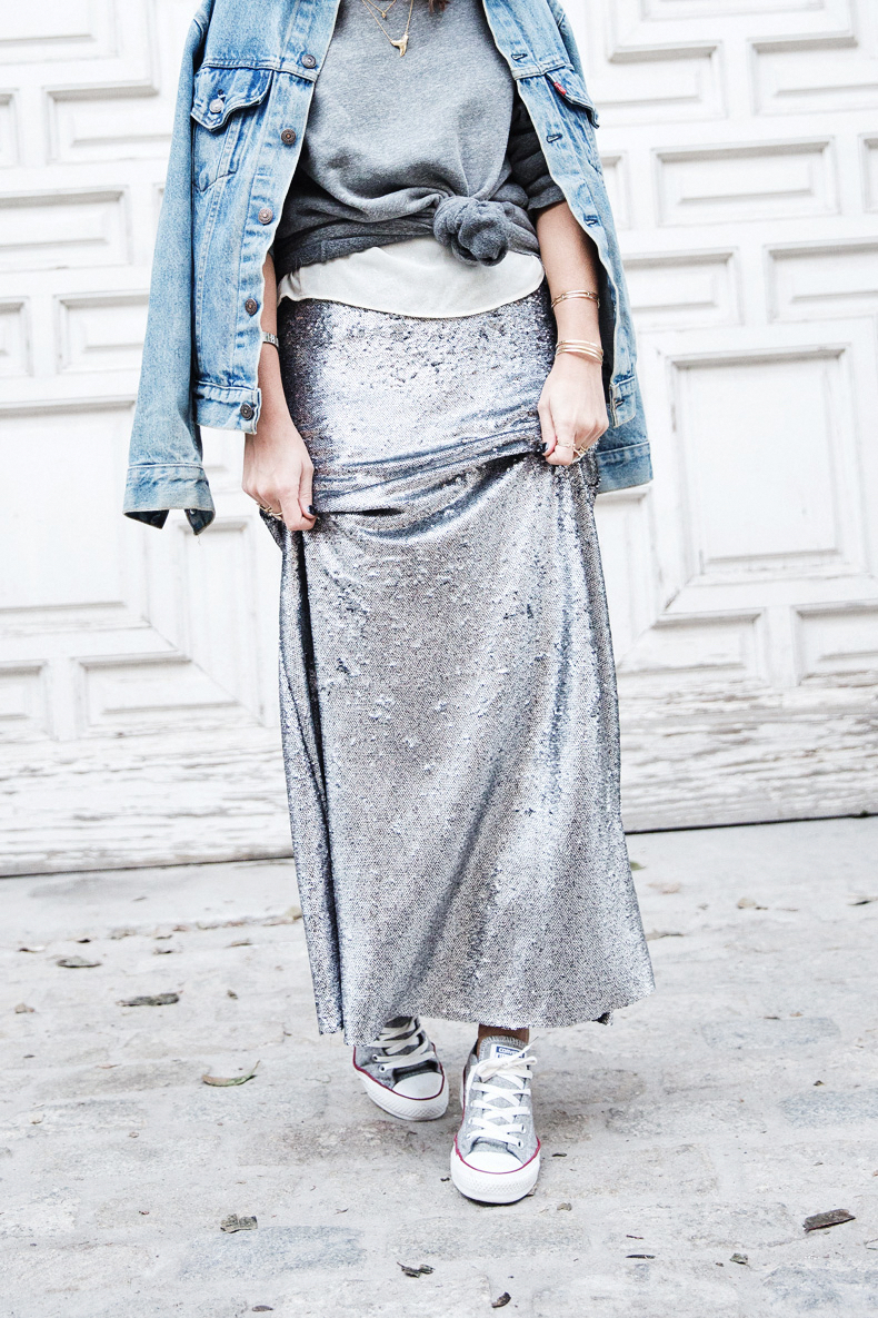 Sequined_Maxi_Skirt-Casual_Party_Outfit-Sweatshirt-Converse-Urban_Outfitters-Collage_Vintage-18Karen_Millen-Chrismas_Wishlist-Collage_Vintage-Leather_Skirt-Burgundy_Bag-Silver_Blazer-Outfit-Street_Style-