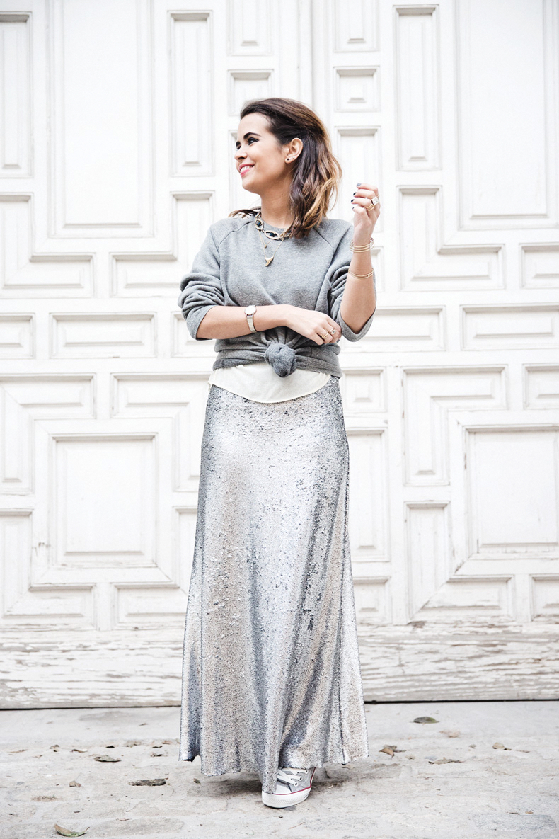 Sequined_Maxi_Skirt-Casual_Party_Outfit-Sweatshirt-Converse-Urban_Outfitters-Collage_Vintage-27Karen_Millen-Chrismas_Wishlist-Collage_Vintage-Leather_Skirt-Burgundy_Bag-Silver_Blazer-Outfit-Street_Style-