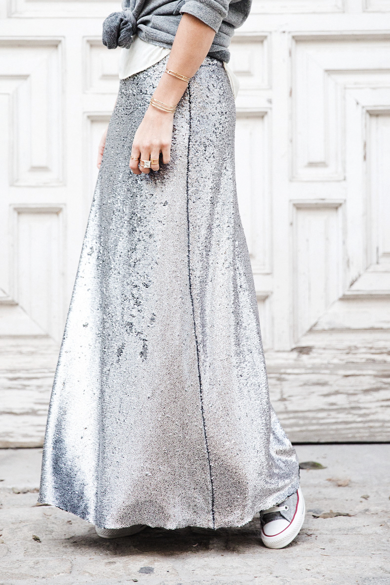 Sequined_Maxi_Skirt-Casual_Party_Outfit-Sweatshirt-Converse-Urban_Outfitters-Collage_Vintage-28Karen_Millen-Chrismas_Wishlist-Collage_Vintage-Leather_Skirt-Burgundy_Bag-Silver_Blazer-Outfit-Street_Style-