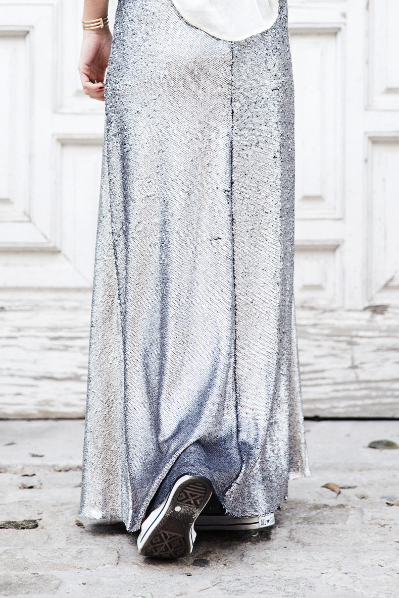 Sequined_Maxi_Skirt-Casual_Party_Outfit-Sweatshirt-Converse-Urban_Outfitters-Collage_Vintage-29Karen_Millen-Chrismas_Wishlist-Collage_Vintage-Leather_Skirt-Burgundy_Bag-Silver_Blazer-Outfit-Street_Style-