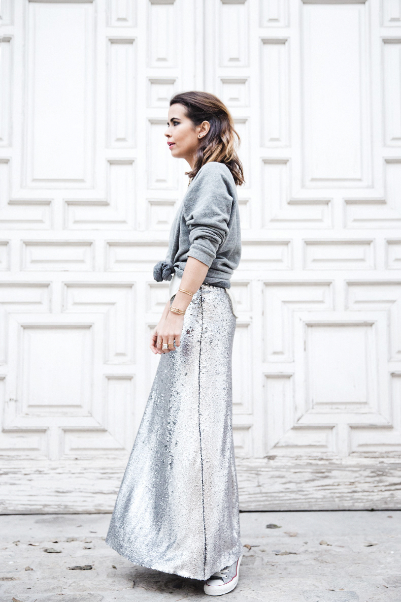 Sequined_Maxi_Skirt-Casual_Party_Outfit-Sweatshirt-Converse-Urban_Outfitters-Collage_Vintage-36Karen_Millen-Chrismas_Wishlist-Collage_Vintage-Leather_Skirt-Burgundy_Bag-Silver_Blazer-Outfit-Street_Style-