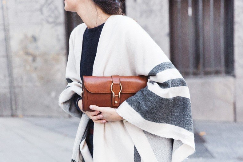 Stripe_Cape_Asos-Flare_Jeans-Outfit-Street_Style-106