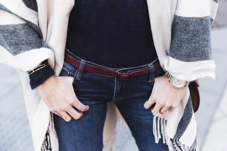 Stripe_Cape_Asos-Flare_Jeans-Outfit-Street_Style-87