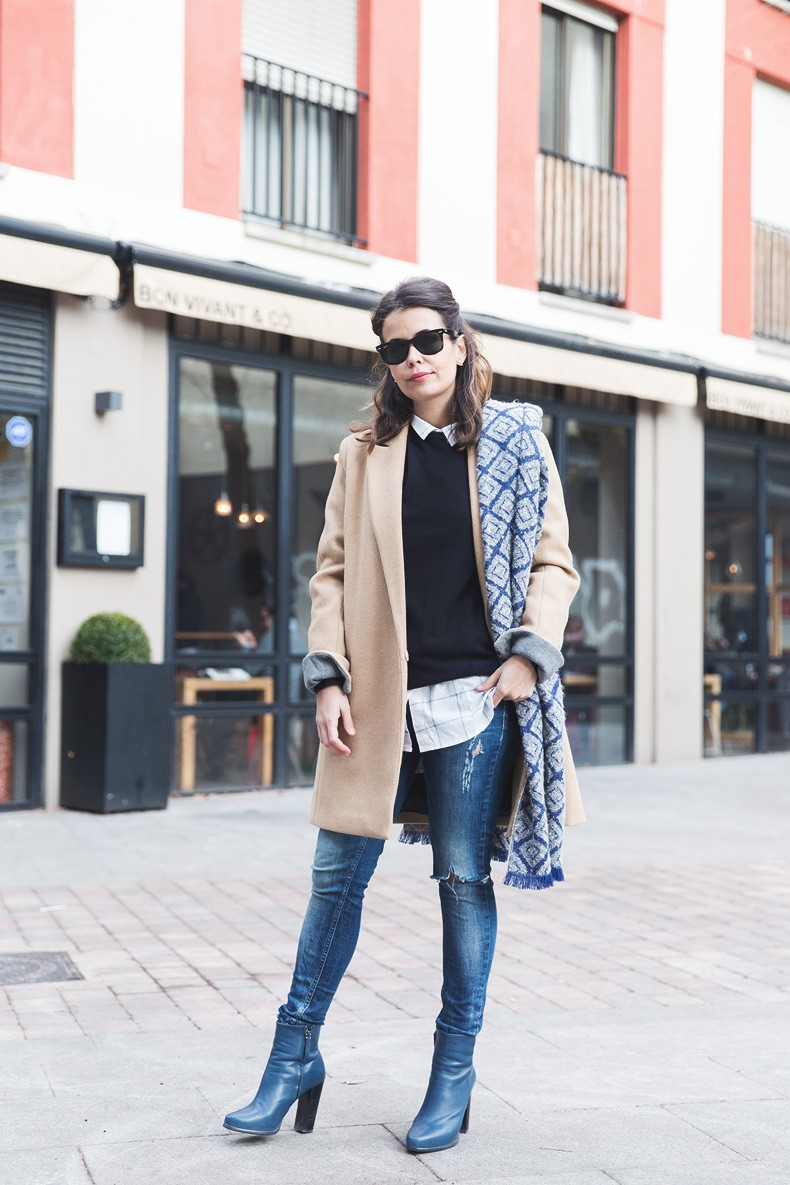 Camel_Coat-Blue_Sweater_Plaid_Shirt-Maxi_Scarf-Outfit-Blue_Boots-Outfit-Street_Style-Collage_Vintage-27
