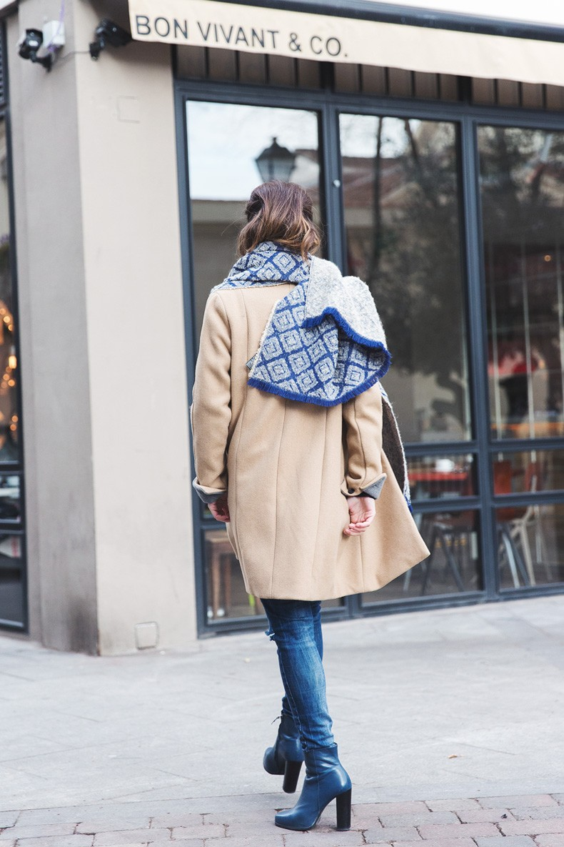 Camel_Coat-Blue_Sweater_Plaid_Shirt-Maxi_Scarf-Outfit-Blue_Boots-Outfit-Street_Style-Collage_Vintage-30