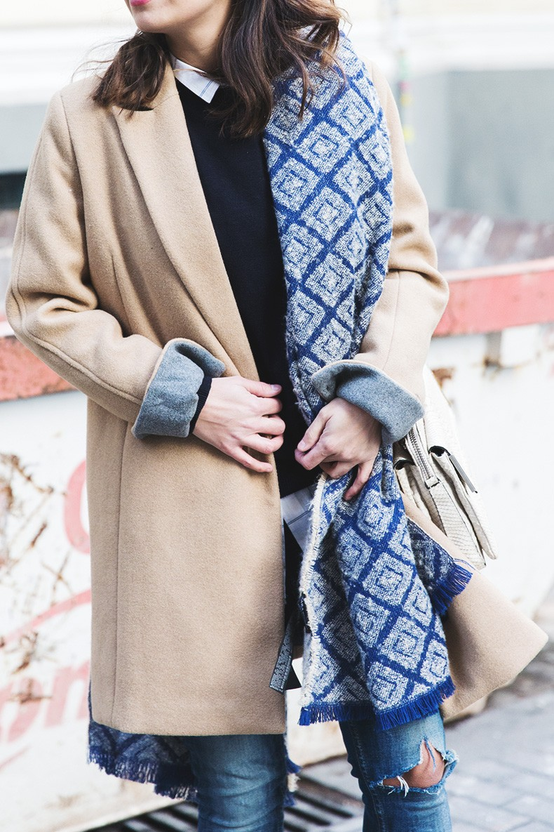 Camel_Coat-Blue_Sweater_Plaid_Shirt-Maxi_Scarf-Outfit-Blue_Boots-Outfit-Street_Style-Collage_Vintage-43
