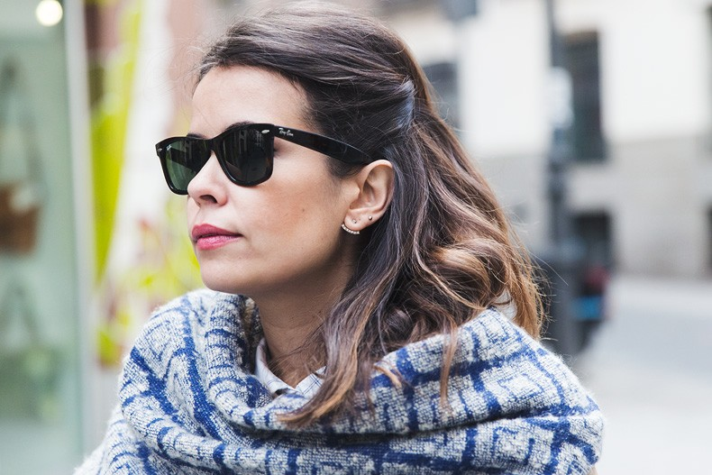 Camel_Coat-Blue_Sweater_Plaid_Shirt-Maxi_Scarf-Outfit-Blue_Boots-Outfit-Street_Style-Collage_Vintage-51