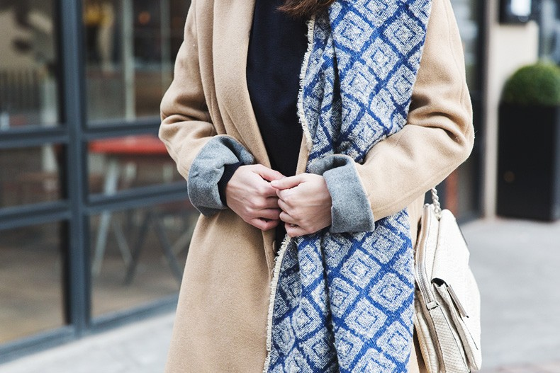 Camel_Coat-Blue_Sweater_Plaid_Shirt-Maxi_Scarf-Outfit-Blue_Boots-Outfit-Street_Style-Collage_Vintage-57