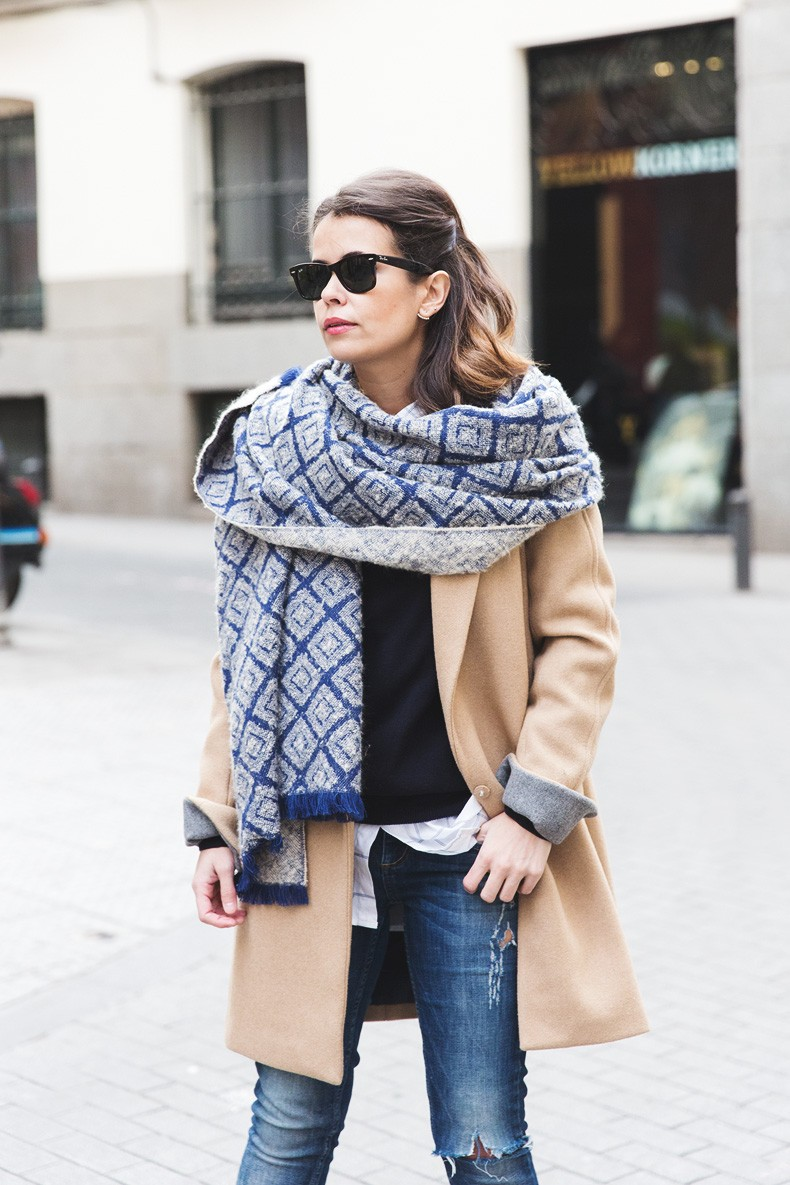 Camel_Coat-Blue_Sweater_Plaid_Shirt-Maxi_Scarf-Outfit-Blue_Boots-Outfit-Street_Style-Collage_Vintage-8