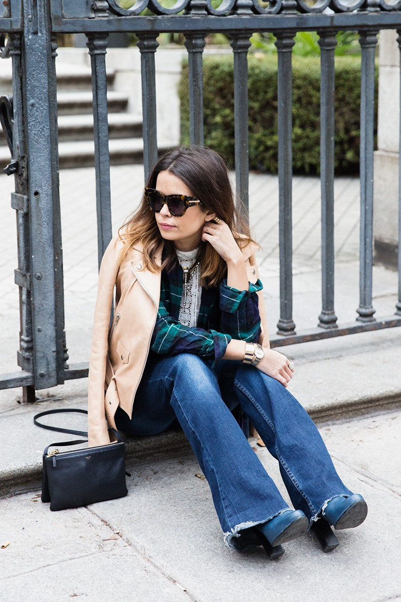 Flared_Jeans-Outfit-Checked_Skirt-Street_Style-Leather_Biker_Jacket-Sandro_Paris-Lace_Top-Collage_Vintage-17