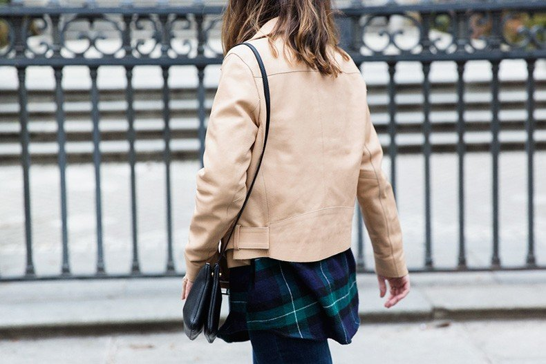 Flared_Jeans-Outfit-Checked_Skirt-Street_Style-Leather_Biker_Jacket-Sandro_Paris-Lace_Top-Collage_Vintage-32