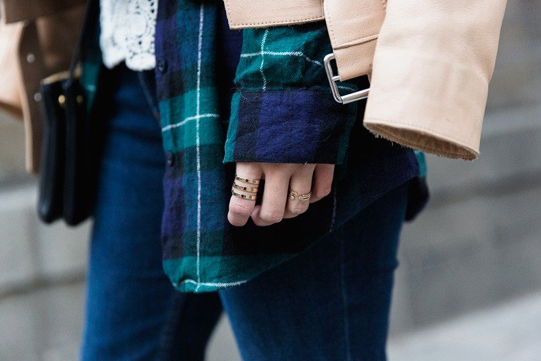 Flared_Jeans-Outfit-Checked_Skirt-Street_Style-Leather_Biker_Jacket-Sandro_Paris-Lace_Top-Collage_Vintage-41