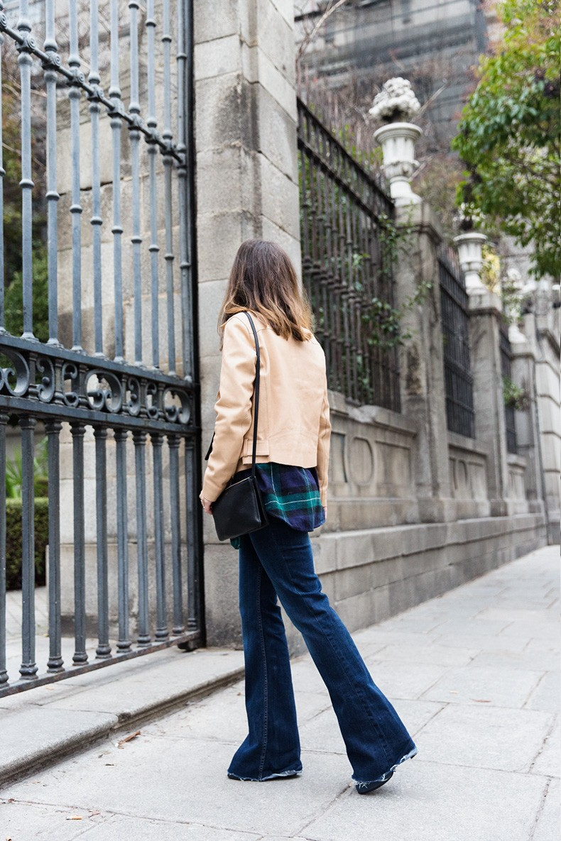 Flared_Jeans-Outfit-Checked_Skirt-Street_Style-Leather_Biker_Jacket-Sandro_Paris-Lace_Top-Collage_Vintage-5