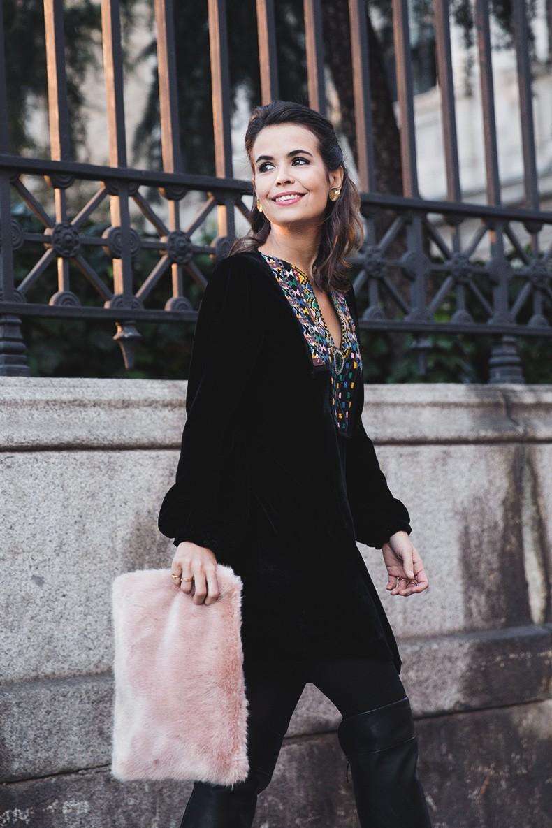Fur_Coat-Velvet_Dress-Over_The_Knee_Boots-Boho_Dress-Outfit-Collage_VIntage-Street_Style-20