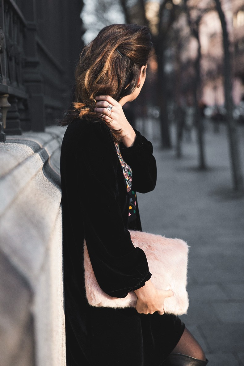 Fur_Coat-Velvet_Dress-Over_The_Knee_Boots-Boho_Dress-Outfit-Collage_VIntage-Street_Style-24