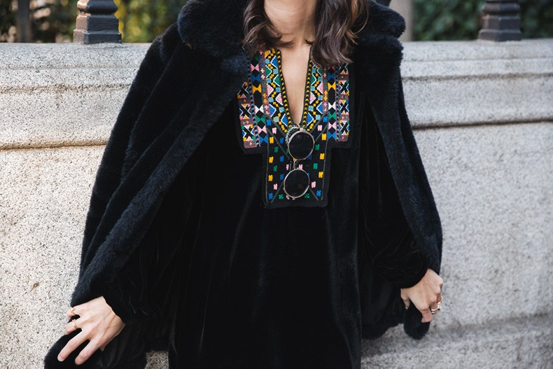 Fur_Coat-Velvet_Dress-Over_The_Knee_Boots-Boho_Dress-Outfit-Collage_VIntage-Street_Style-28