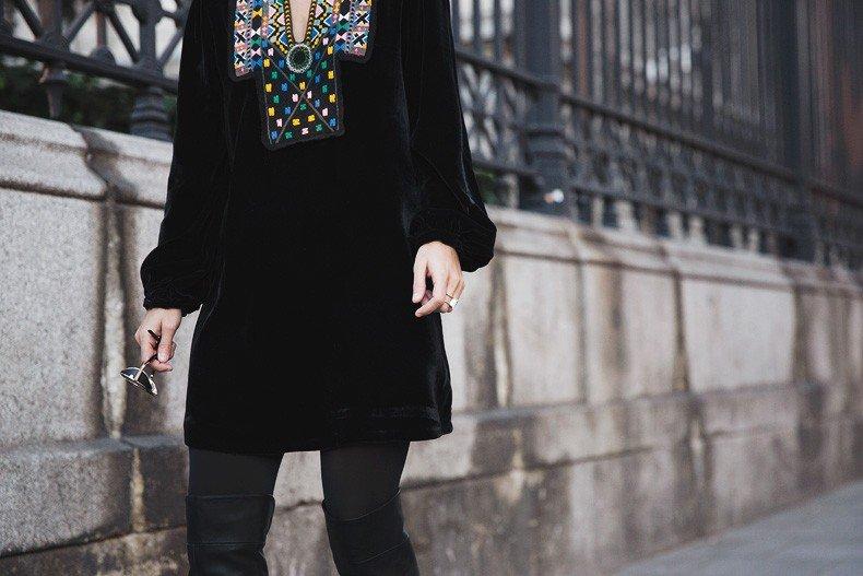 Fur_Coat-Velvet_Dress-Over_The_Knee_Boots-Boho_Dress-Outfit-Collage_VIntage-Street_Style-41