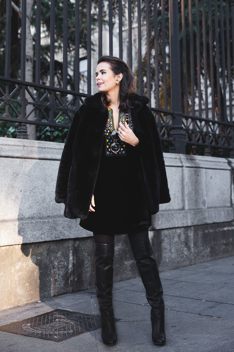 Fur_Coat-Velvet_Dress-Over_The_Knee_Boots-Boho_Dress-Outfit-Collage_VIntage-Street_Style-4
