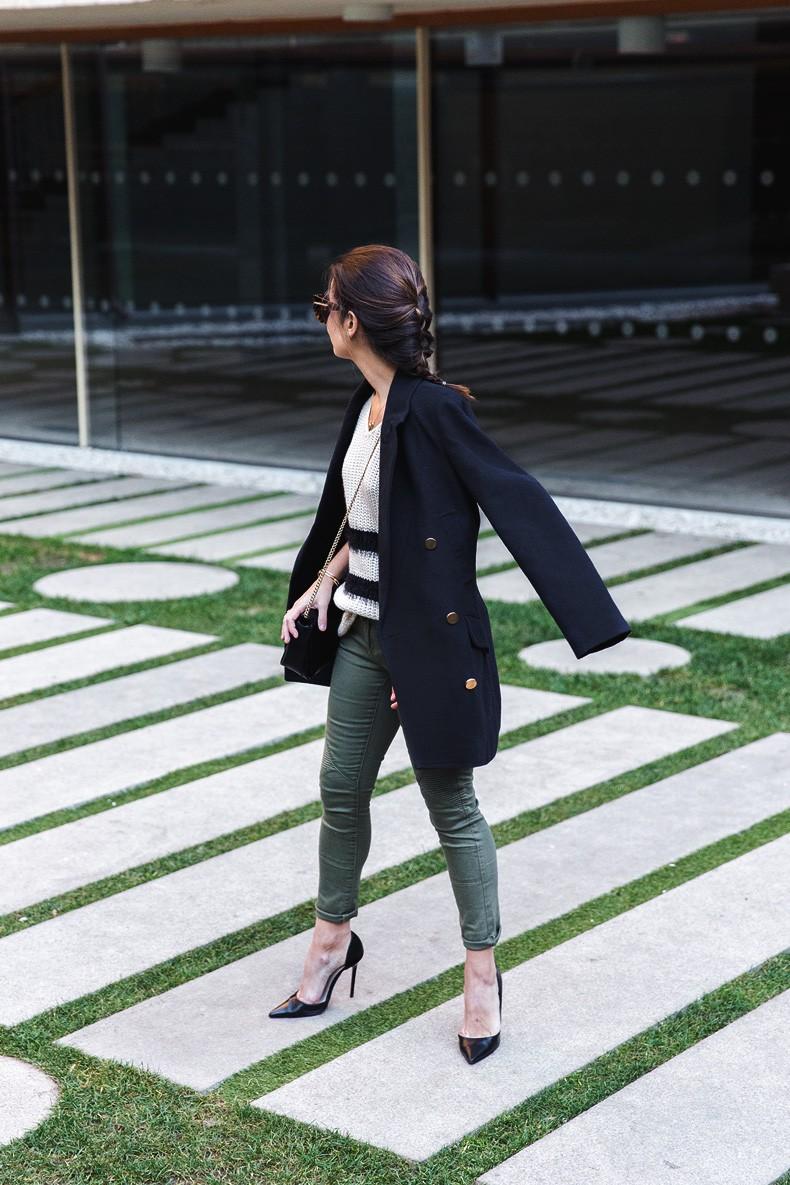 Jennyfer-Khaki_Jeans-Striped_Dress-Blue_Coat-Purificacion_Garcia_Bag-Outfit-Street_Style-13