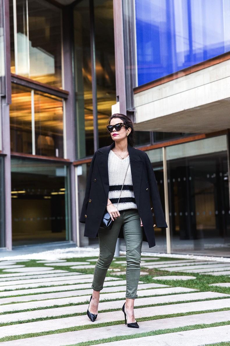 Jennyfer-Khaki_Jeans-Striped_Dress-Blue_Coat-Purificacion_Garcia_Bag-Outfit-Street_Style-17