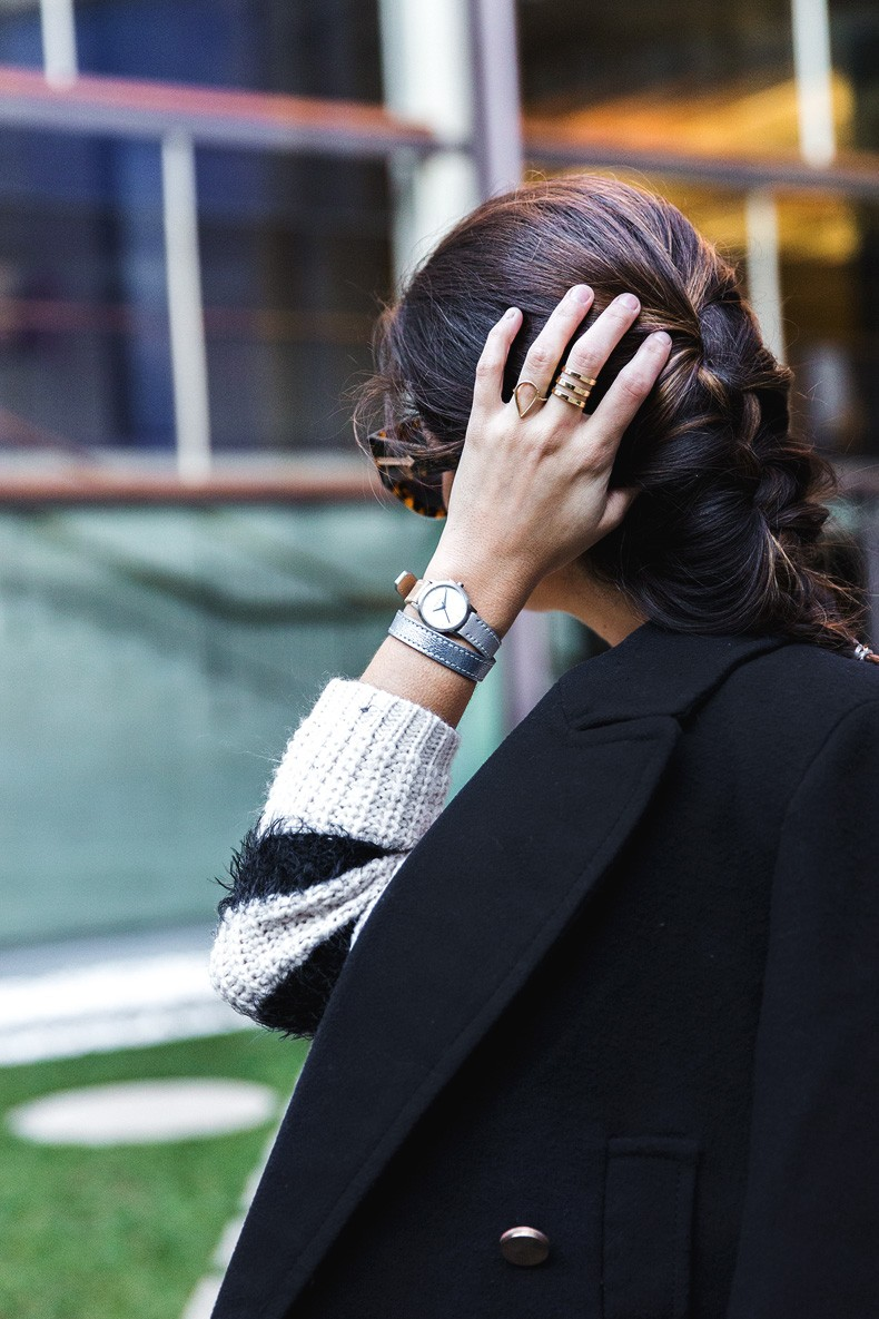 Jennyfer-Khaki_Jeans-Striped_Dress-Blue_Coat-Purificacion_Garcia_Bag-Outfit-Street_Style-32