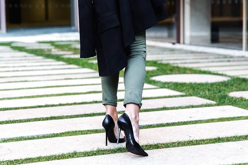 Jennyfer-Khaki_Jeans-Striped_Dress-Blue_Coat-Purificacion_Garcia_Bag-Outfit-Street_Style-35