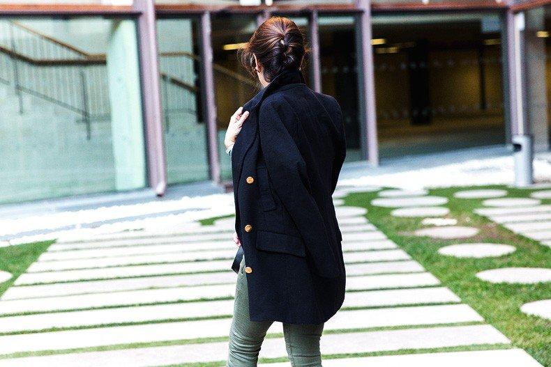 Jennyfer-Khaki_Jeans-Striped_Dress-Blue_Coat-Purificacion_Garcia_Bag-Outfit-Street_Style-36