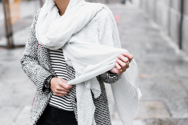 Mixing_Prints-Striped_Top-Red_Bag-Gucci_Disco_Bag-Outfit-Street_Style-Collage_Vintage-52