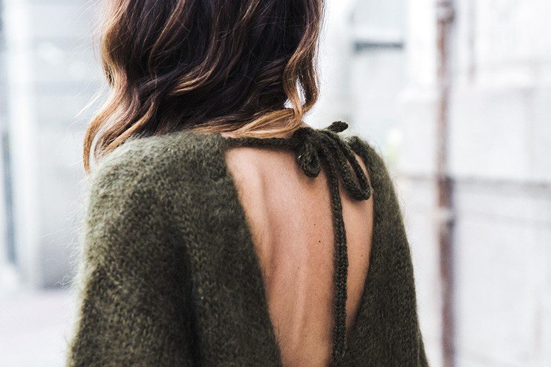 Open_back_Sweater-Khaki-Outfit-Street_Style-Collage_Vintage-Fur_Clutch-62