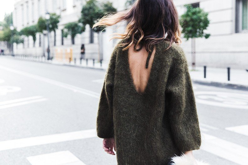 Open_back_Sweater-Khaki-Outfit-Street_Style-Collage_Vintage-Fur_Clutch-70