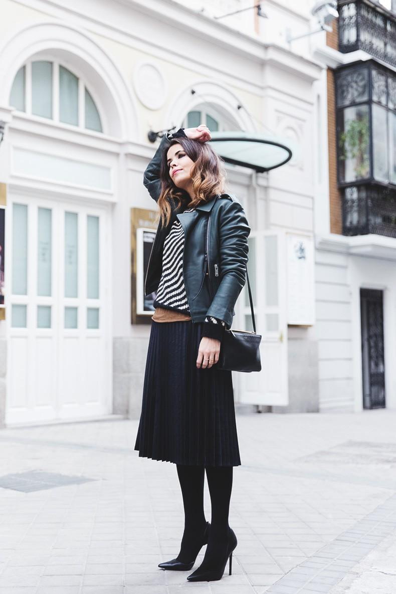 Pleated_Skirt-Striped_Sweater-APC_Paris-Green_Biker_Jacket-Reiss_Fashion-Outfit-Street_Style-3