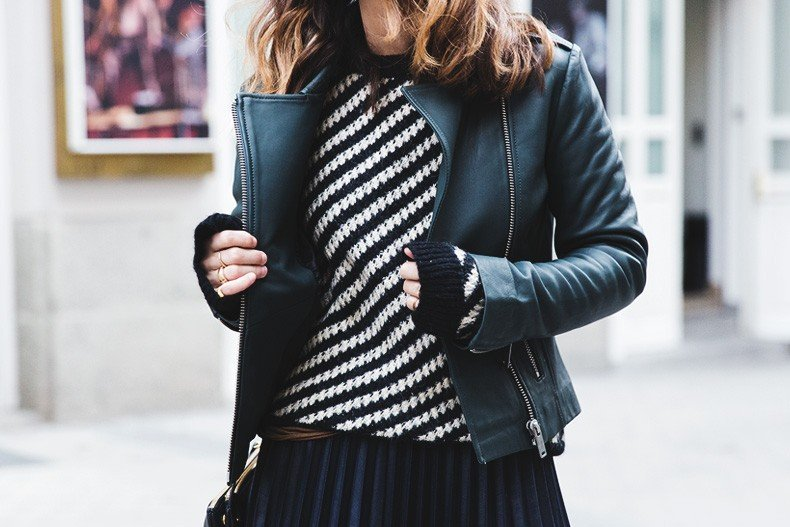 Pleated_Skirt-Striped_Sweater-APC_Paris-Green_Biker_Jacket-Reiss_Fashion-Outfit-Street_Style-45