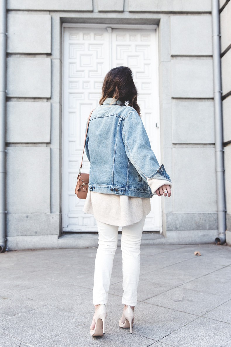Proenza_Schouler_Bag-Cream_Outfit-Denim_Jacket-Street_Style-Collage_Vintage-17