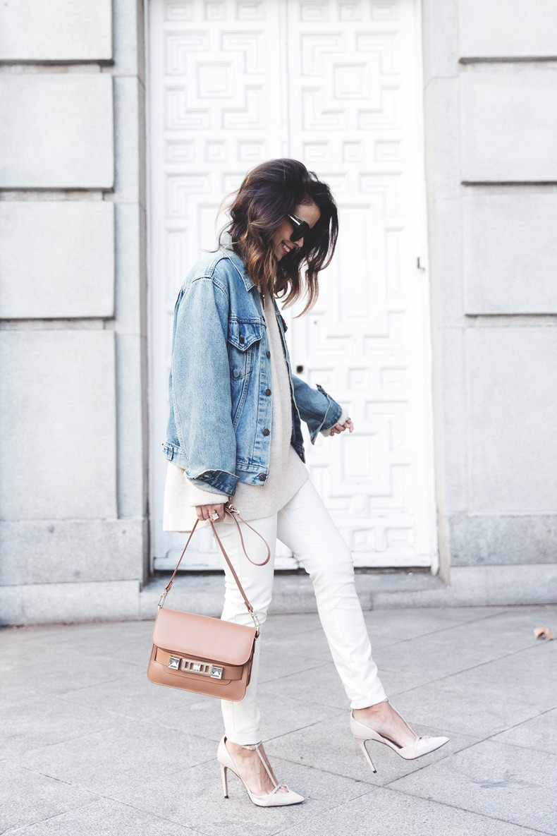 Proenza_Schouler_Bag-Cream_Outfit-Denim_Jacket-Street_Style-Collage_Vintage-21