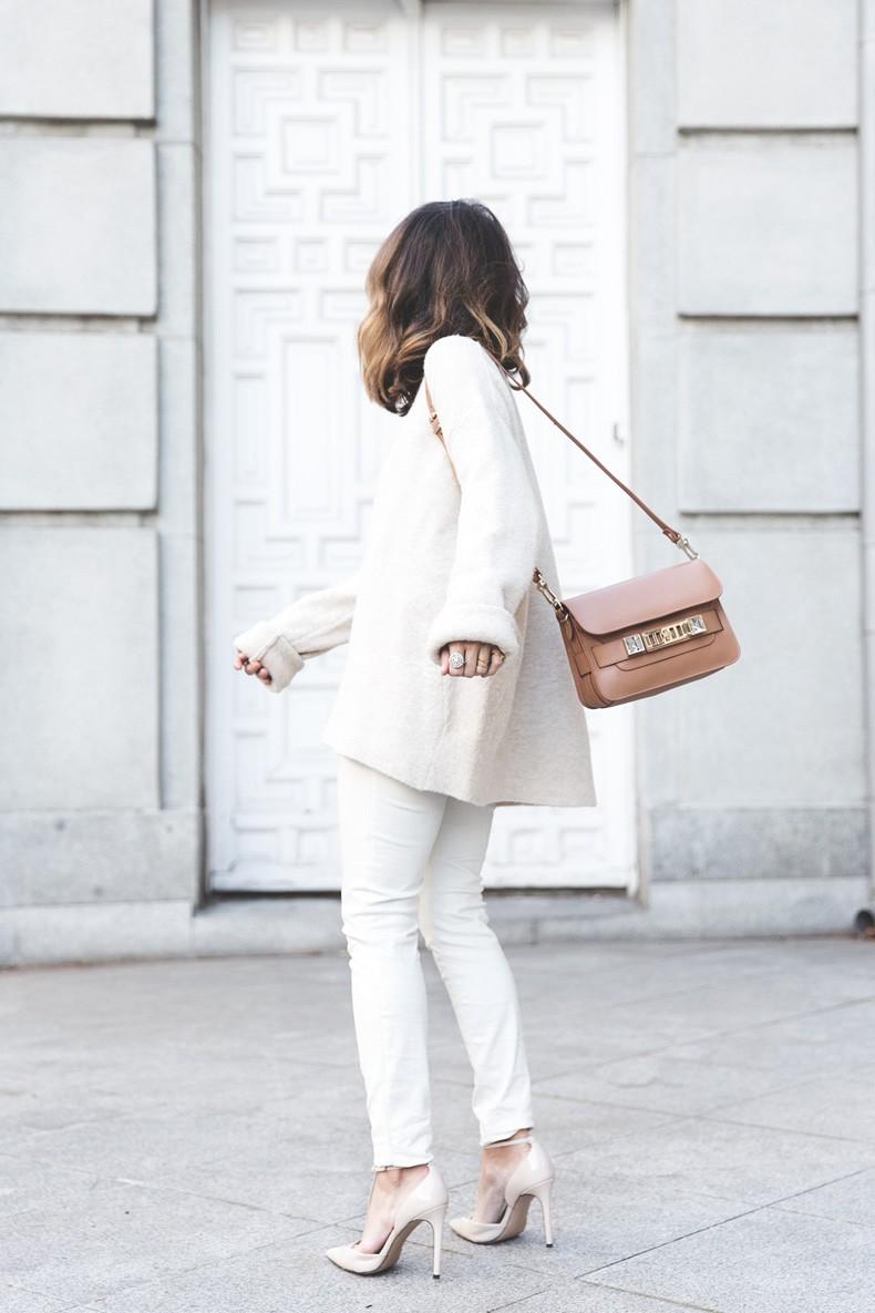 Proenza_Schouler_Bag-Cream_Outfit-Denim_Jacket-Street_Style-Collage_Vintage-43